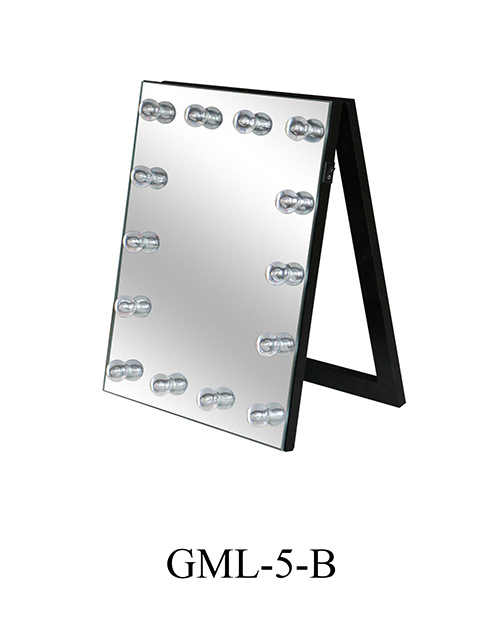 Collocation Skills of LED Hotel Bath Demister Mirror